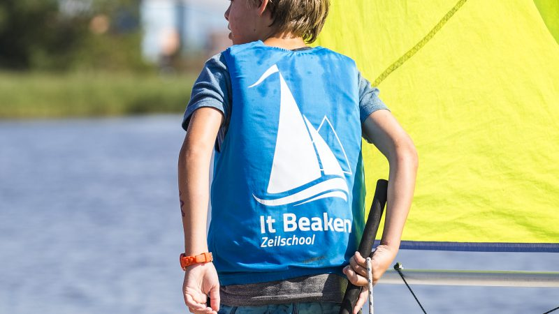 Optimist cursus - Zeilschool It Beaken in Heeg